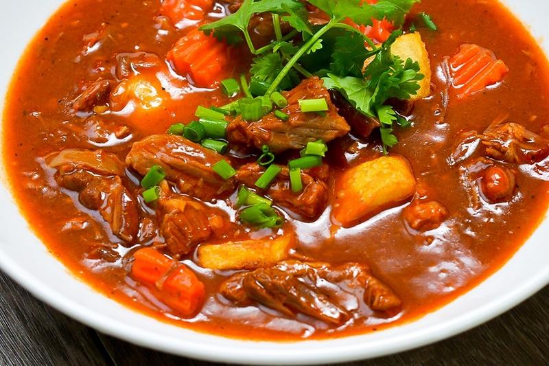 Cách Làm Bò Sốt Vang Cho Ngày Thứ 7 Ai Cũng Mê Ngay