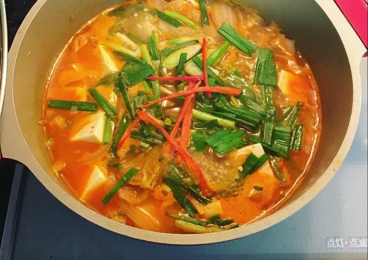 súp kim chi đậu phụ Hàn Quốc