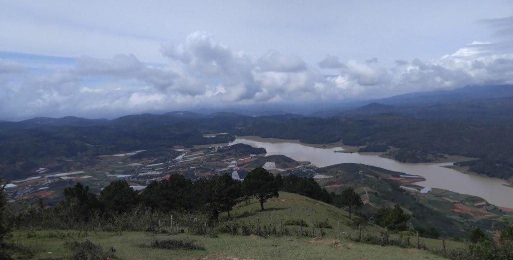 Khung cảnh nhìn từ LangBiAng