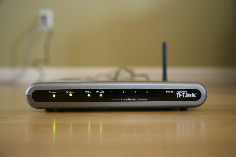Cách kiểm tra xem ai dùng mạng wifi nhà mình và cách chặn 1