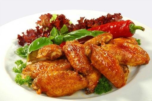 Cách trình bày món cánh gà chiên nước mắm đẹp mắt