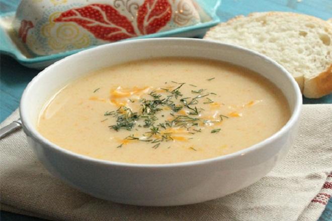 Trang trí cho món súp thịt gà khoai tây bắp thêm hấp dẫn