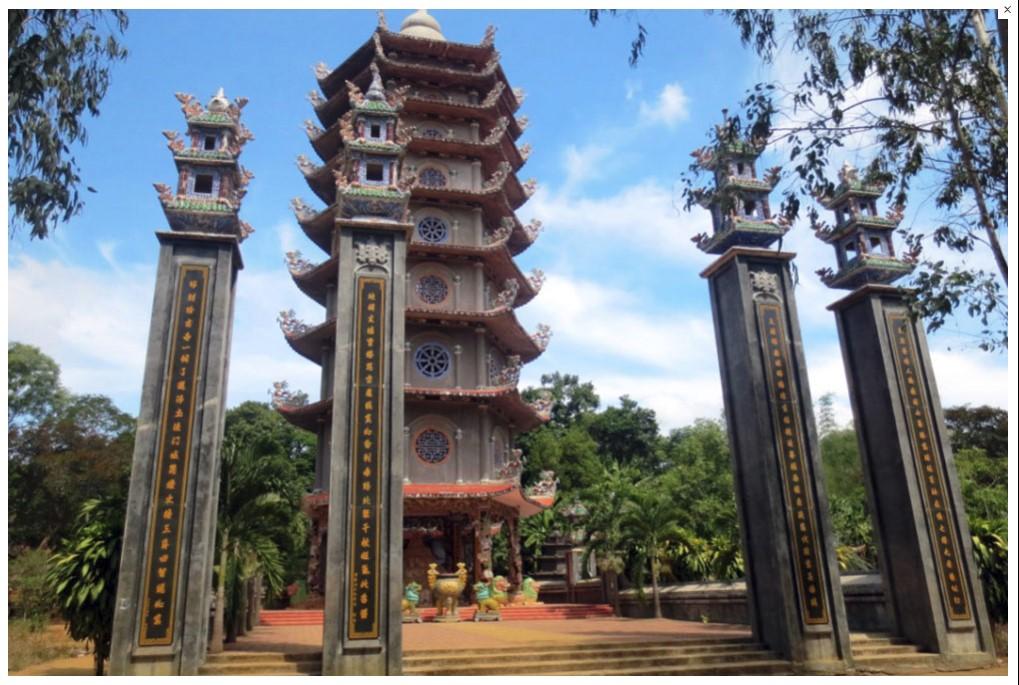 Tháp chùa Thiên Ấn Quảng Ngãi