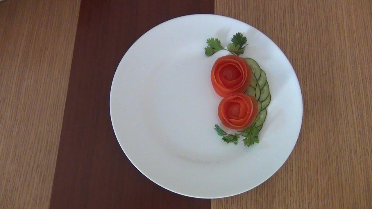 trang trí đĩa thức ăn tròn